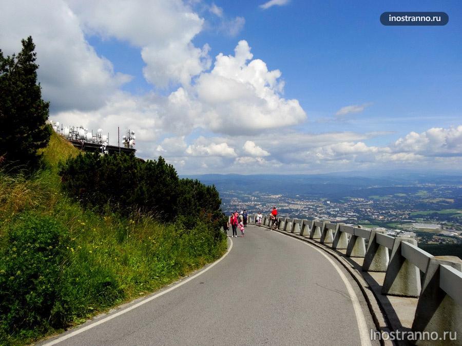 горная дорога в Чехии