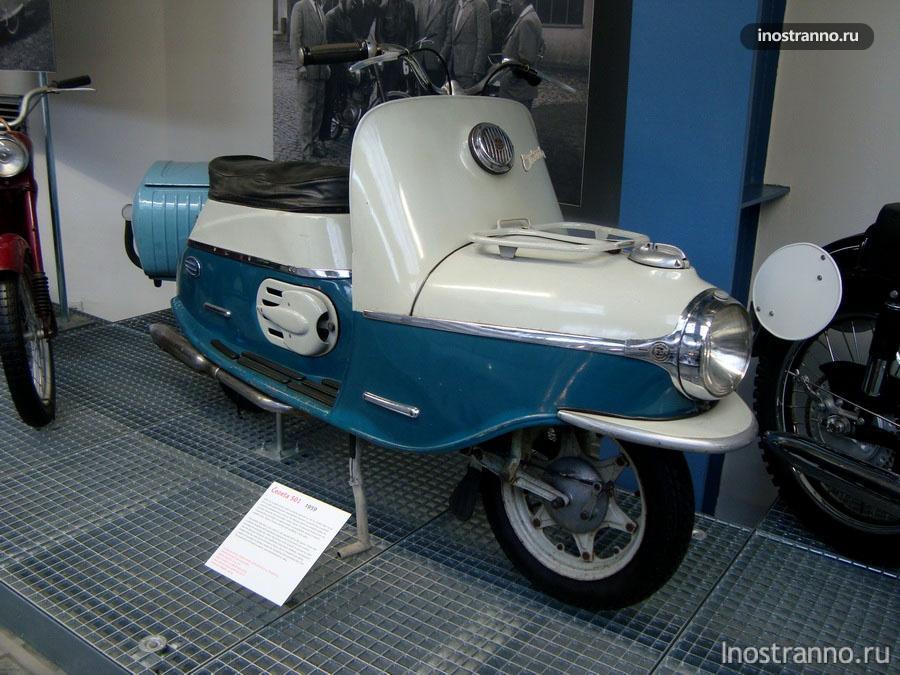 Мотоцикл Čezeta 501