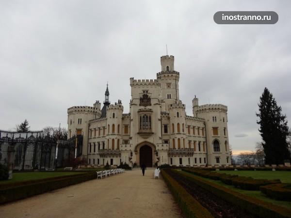 Чехия - замок Глубока над Влтавой