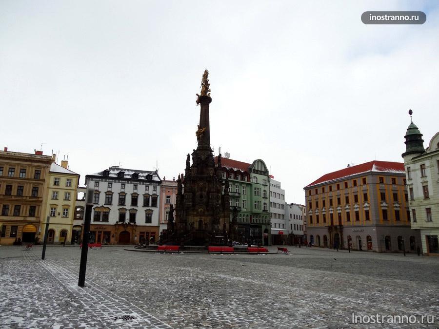 чумной столб на площади в оломоуце