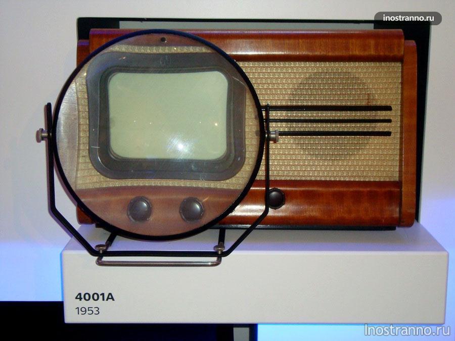 Чехословацкий телевизор Tesla 4001A