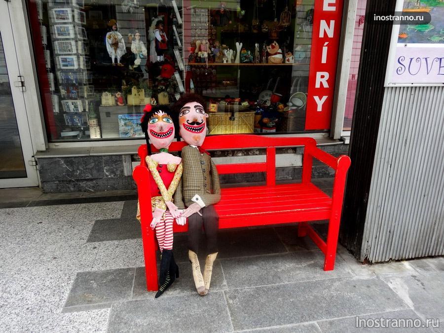 веселые сувенирные куклы