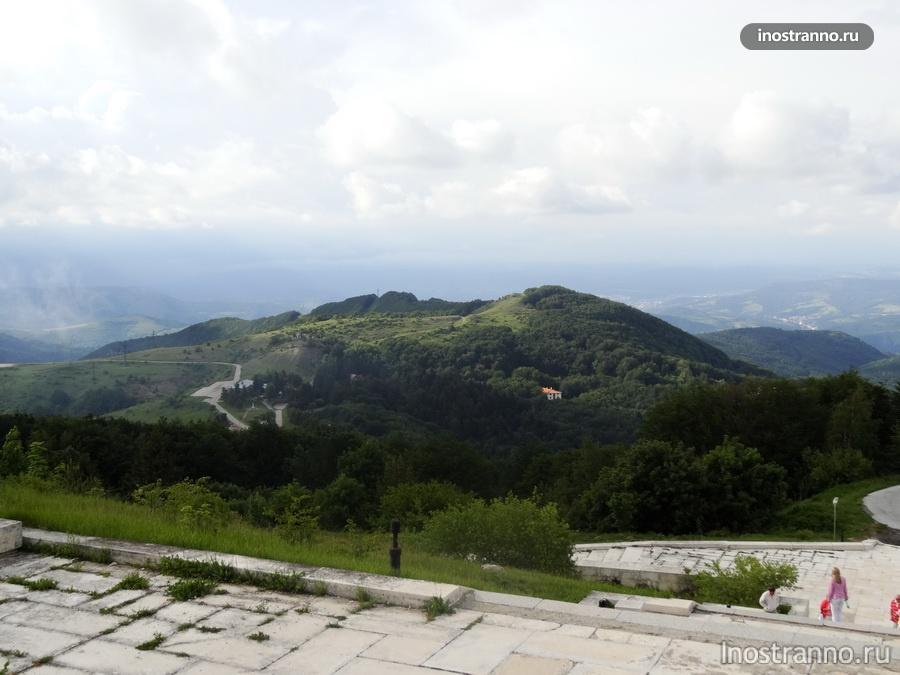 подножие Балканских гор