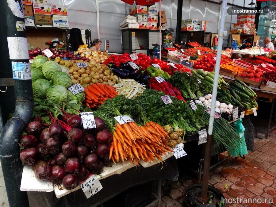 овощи на рынке в Бургасе