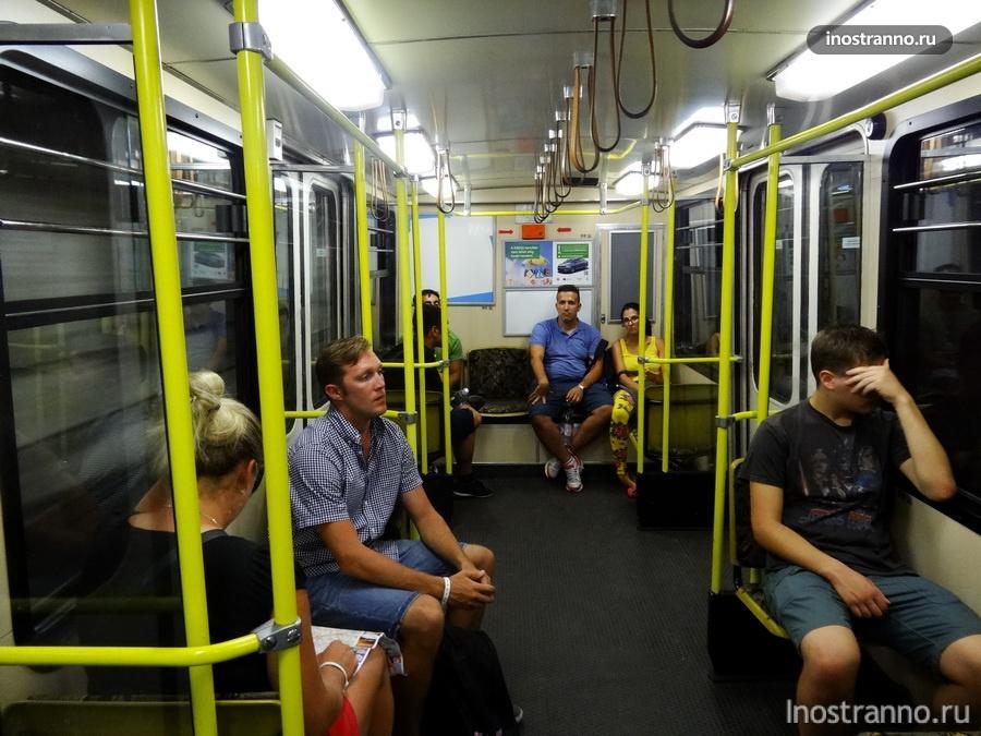 вагоны метро Будапешта