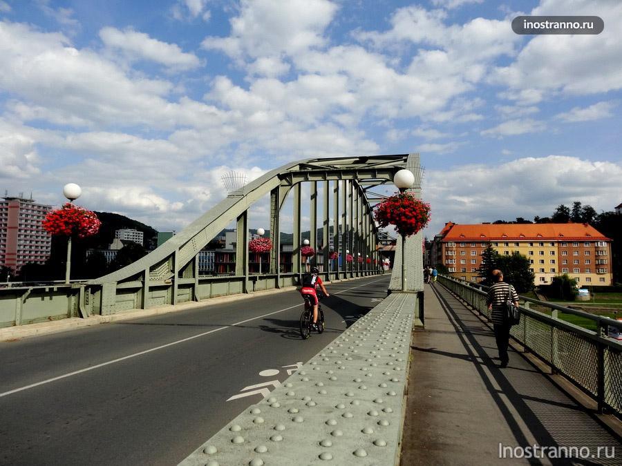 мост в дечине