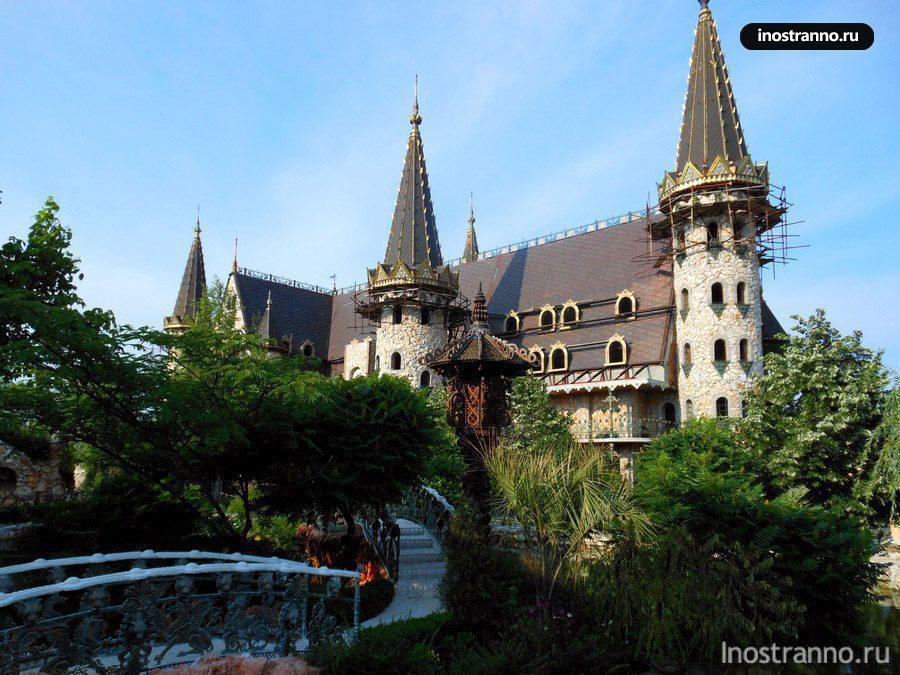 замок в равадиново болгария