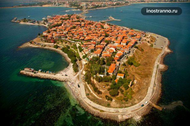 Вид на старый город Несебр