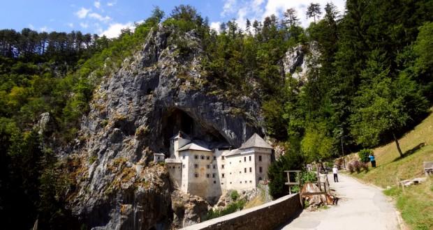 Предъямский замок и Постойнска-Яма в Словении
