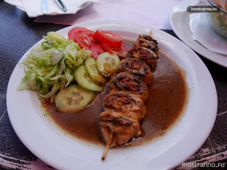 обед в теплице