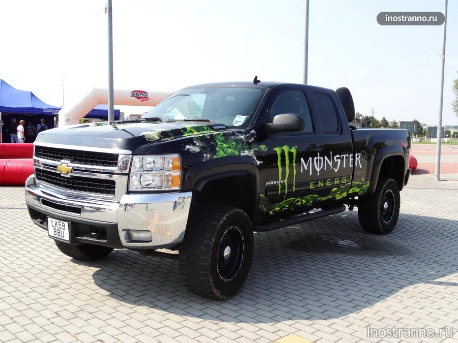 Chevrolet Silverado от Monster Energy