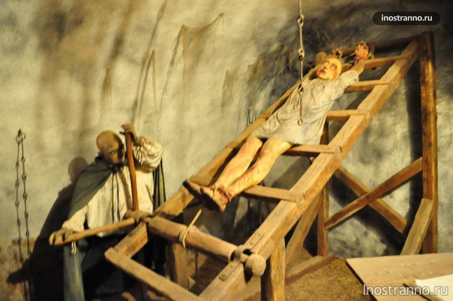 тюрьма в замке Локет