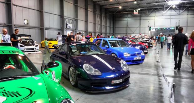 Автомобильная выставка в Праге 2013