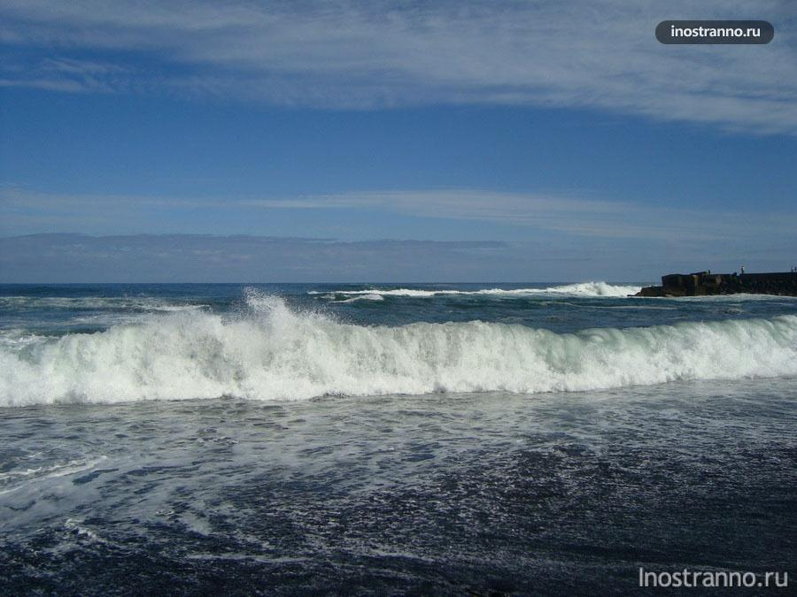 волны на канарских островах