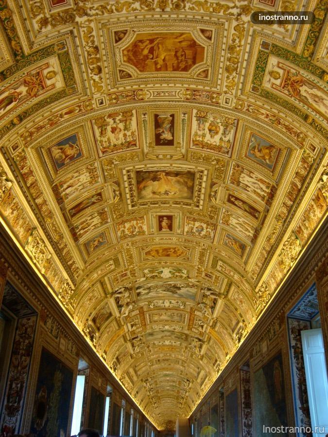 внутри музея ватикана