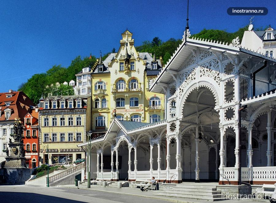 рыночная колоннада в чехии