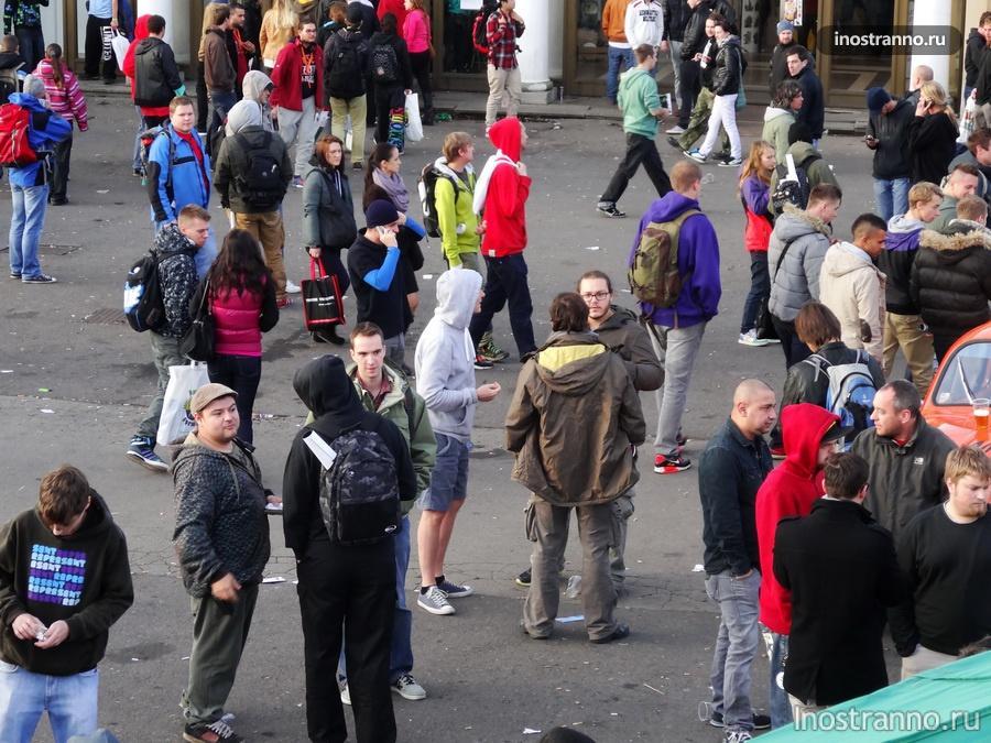 гости выставки конопли