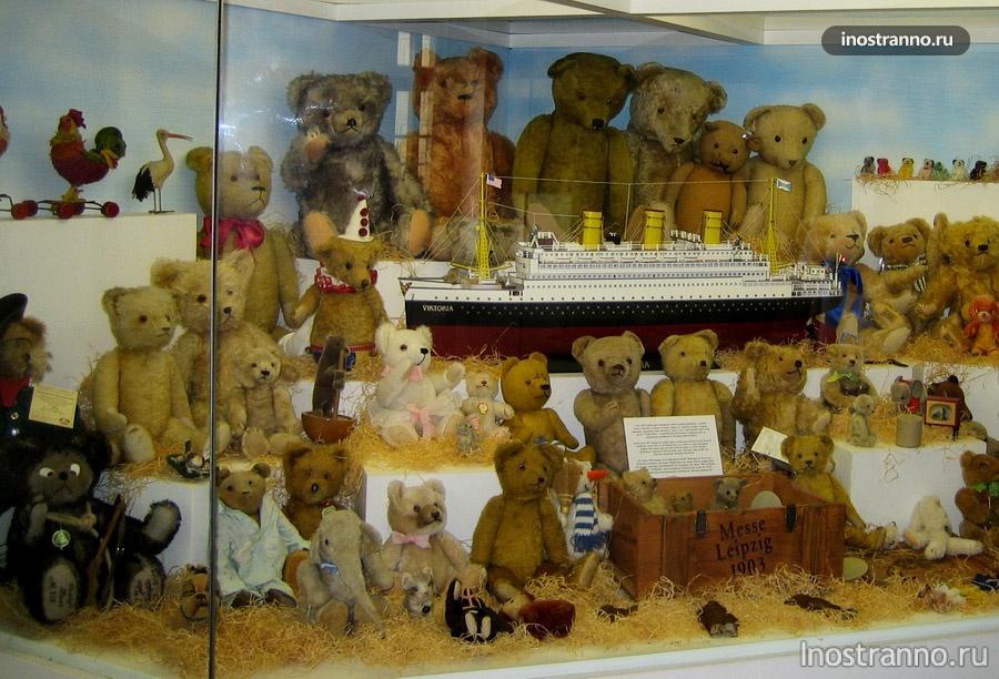 Плюшевые медведи в Праге