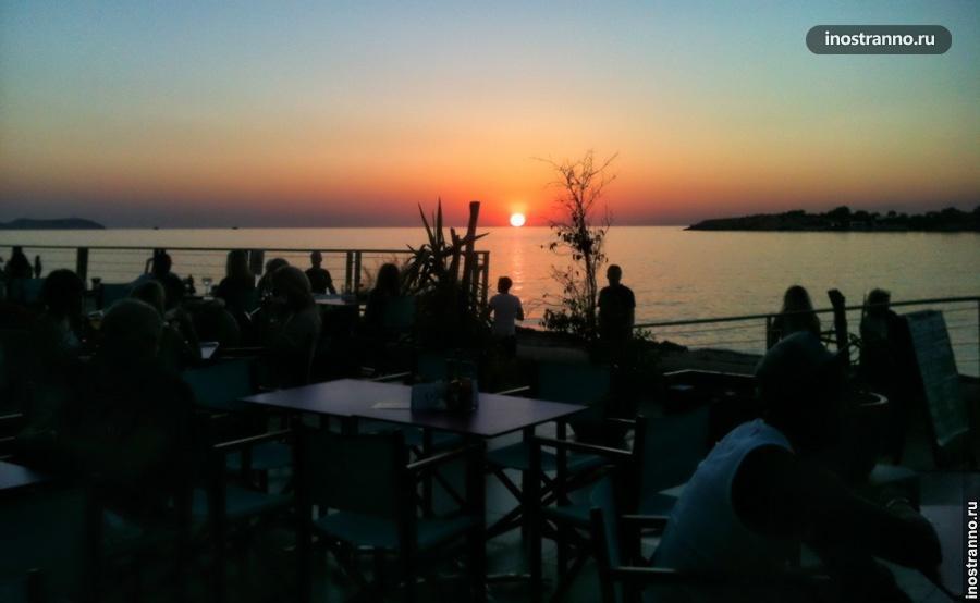 Sunset Café бар на Ибице с лучшим закатом