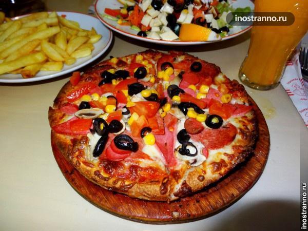 Турецкая пицца