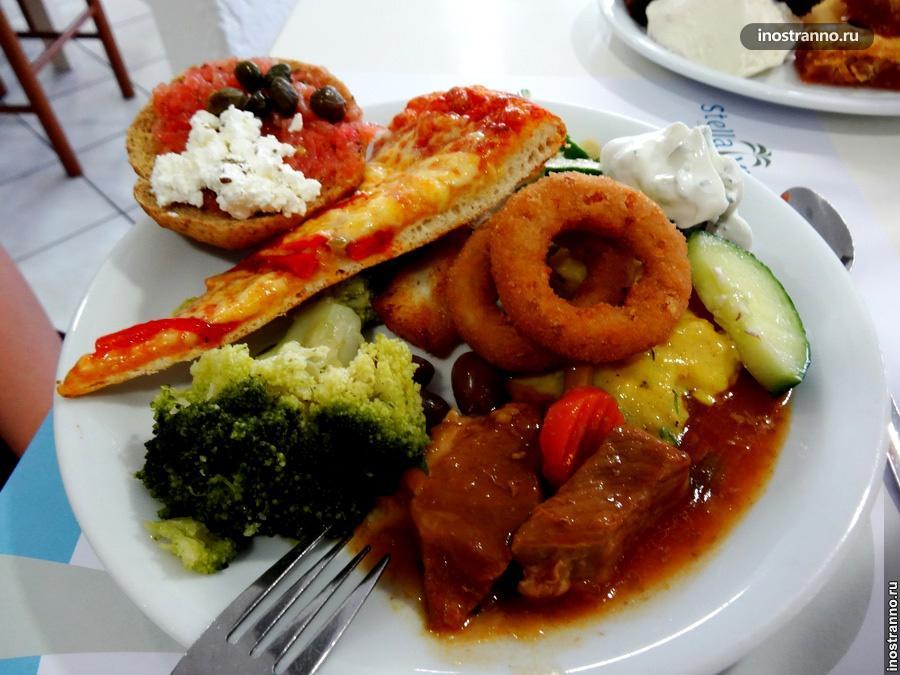 еда в греческом отеле