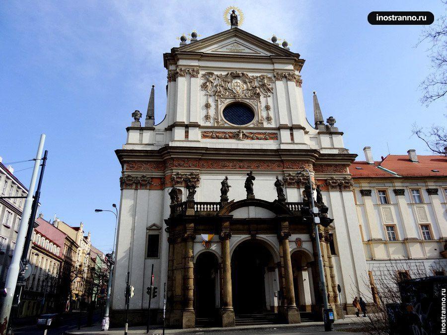 Костел св. Игнаца в Праге