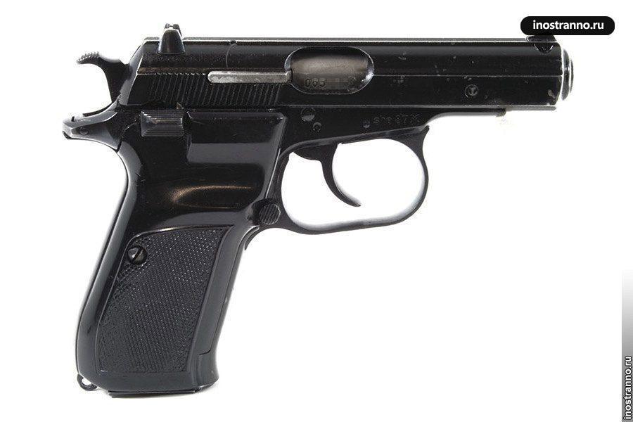Пистолет CZ 82