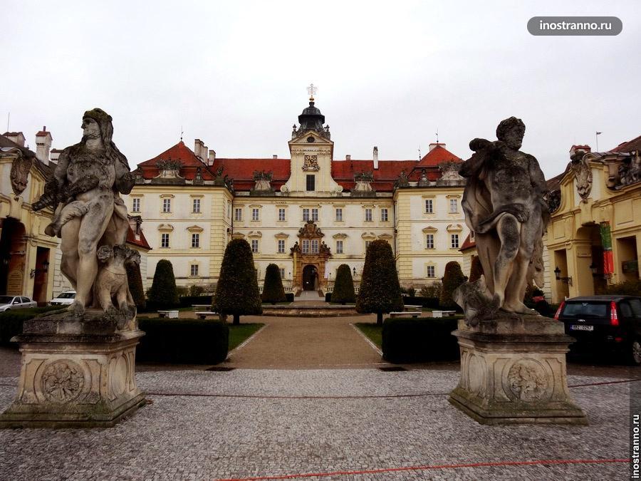 Чешский замок Валтице