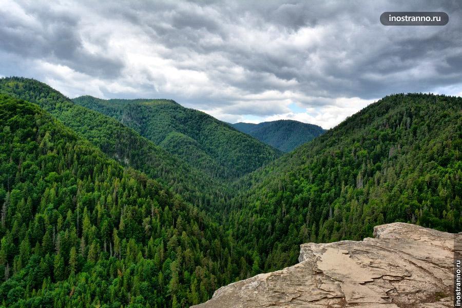 обзорная площадка в горах словакии