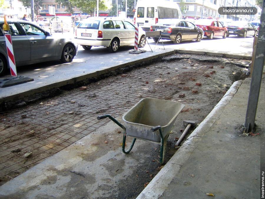 Ремонт дороги в Европе в Сербии