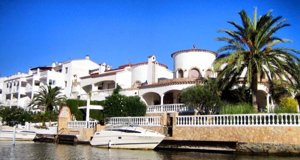 Испанская Венеция – город Эмпуриабрава