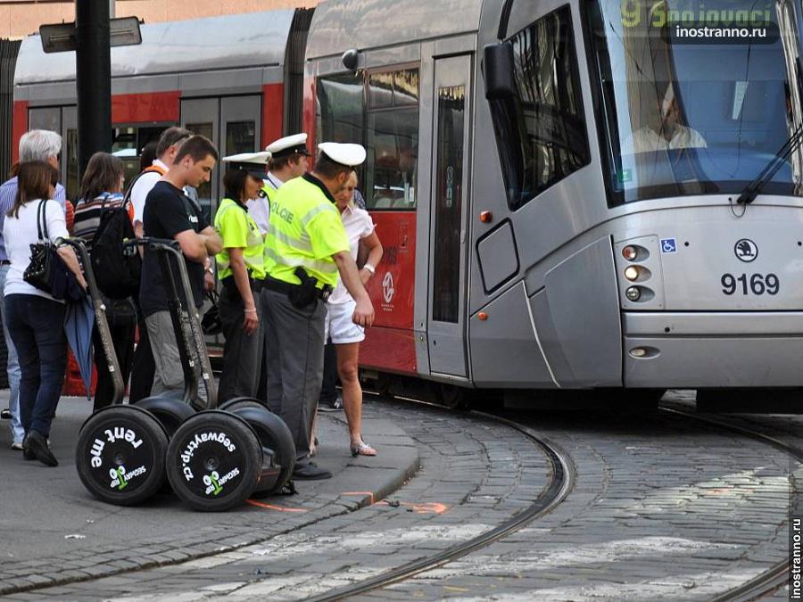 Авария со сегвеем в Праге