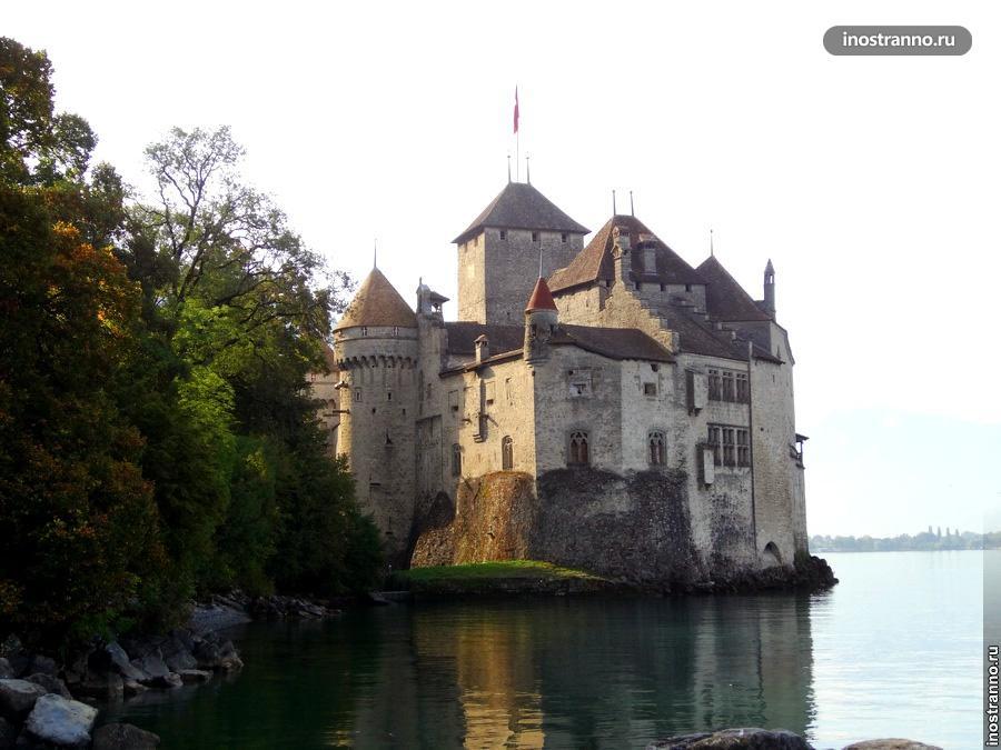 Шильонский замок в Монтре