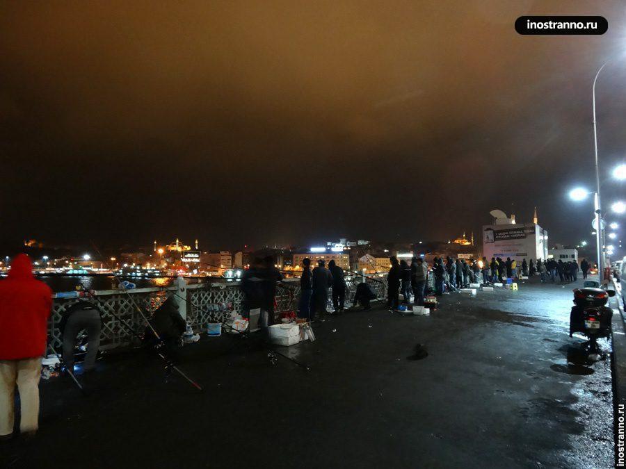 Новый год на Галатском мосту