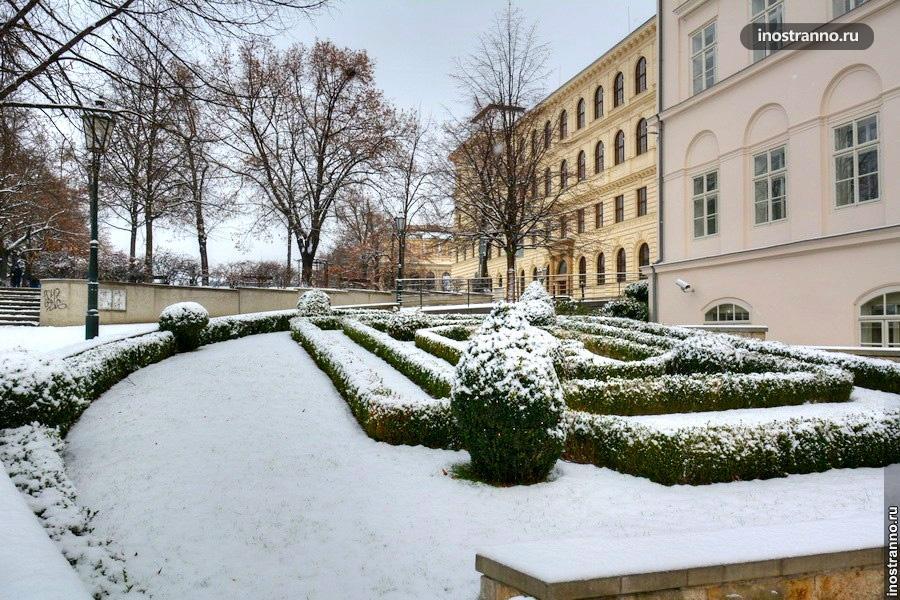 Снег в Праге, Январь