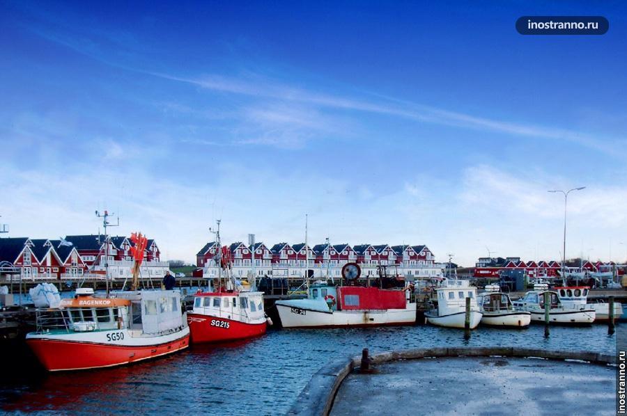Порт в Акюрейри в Исландии