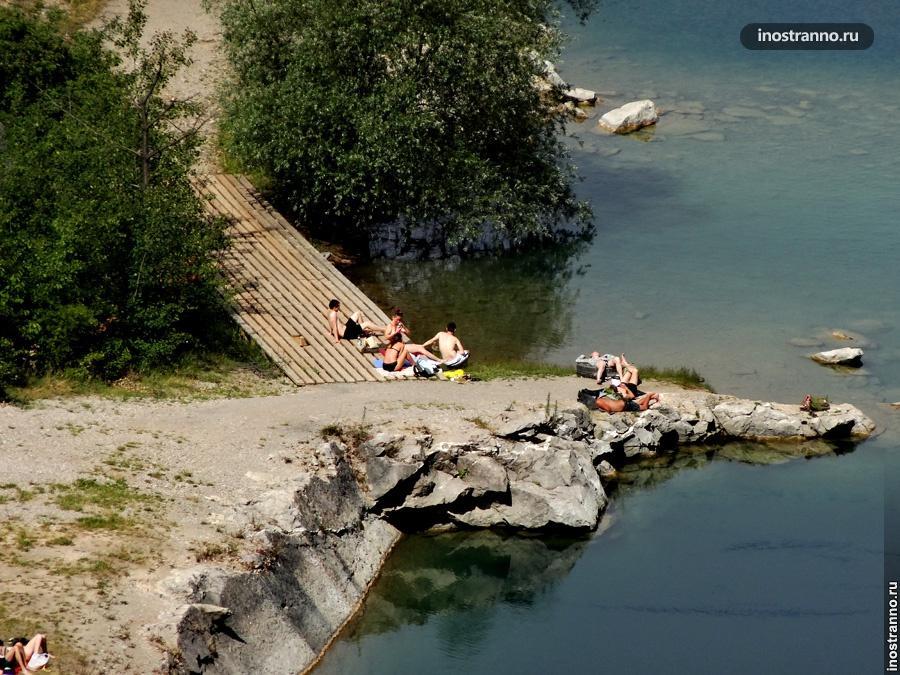 Чехи купаются в каньоне