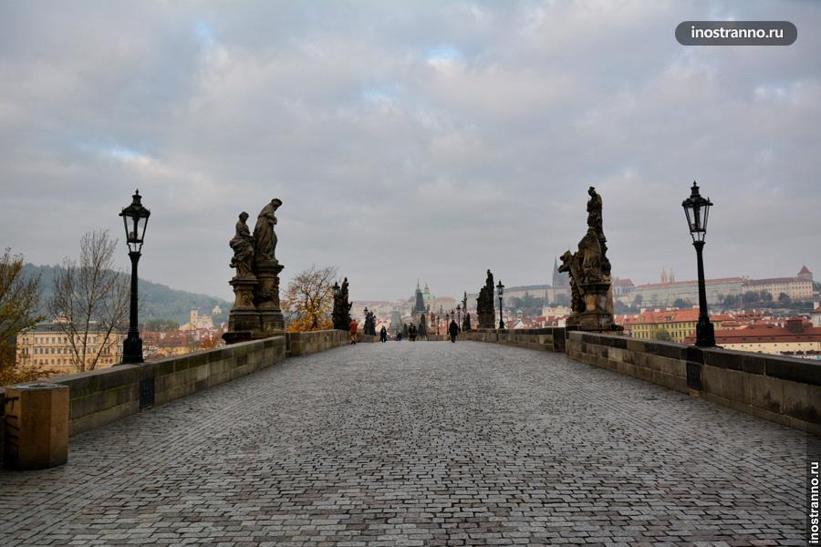 Карлов мост - утром
