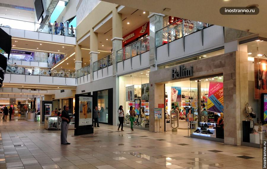 Торговый центр Multiplaza в Панаме