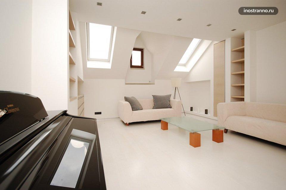 Мебель в квартире в Праге