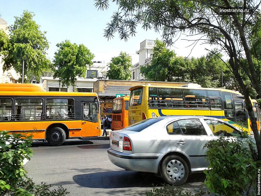 Автобус на Гоа