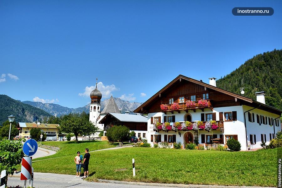 Деревня в Германии в Альпах