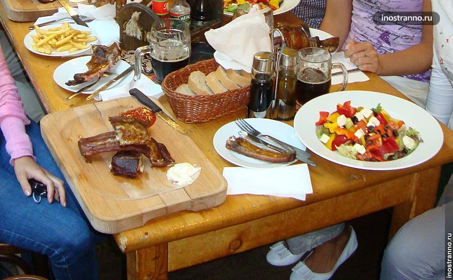 U Vejvodu ресторан чешской кухни