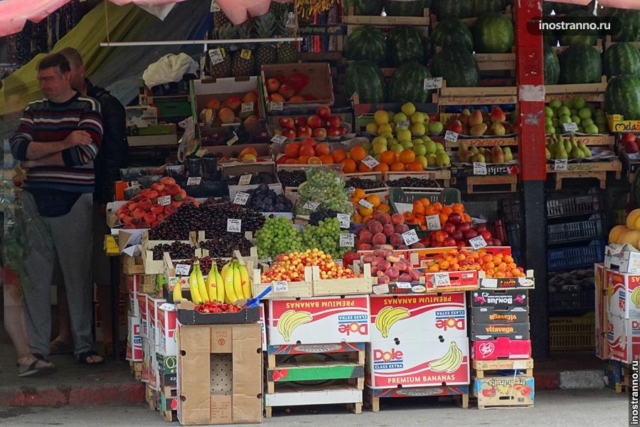 Фруктовый рынок в Бухаресте