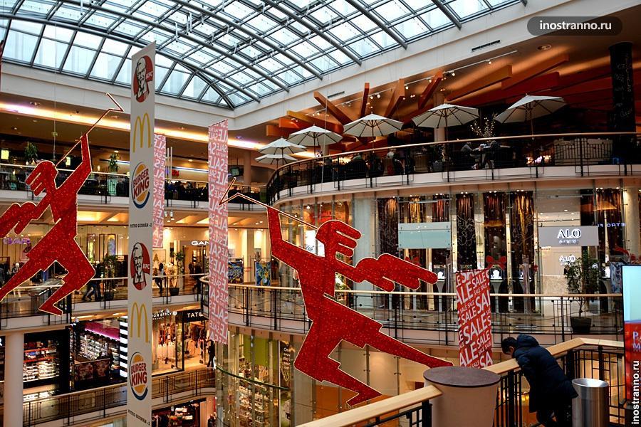 Самое дорогое здание в Праге – торговый центр Палладиум