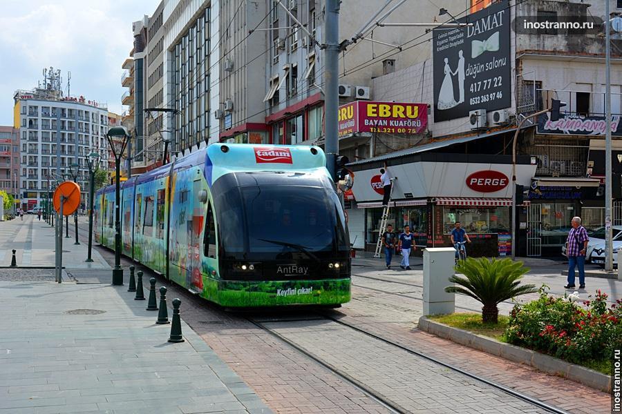 Трамвай в Анталии