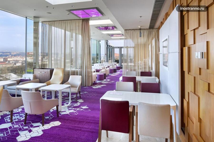 Бар Cloud 9 Sky Bar в Хилтоне в Праге