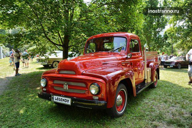 1955 International R110 Pick-Up Truck ретро пикап