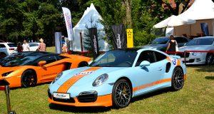 Крупнейшая автомобильная выставка в Праге Legendy