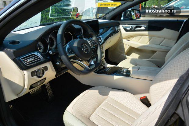Mercedes E Class интерьер салона